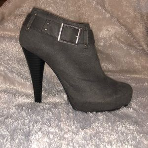 MICHEAL ANTONIO Booties